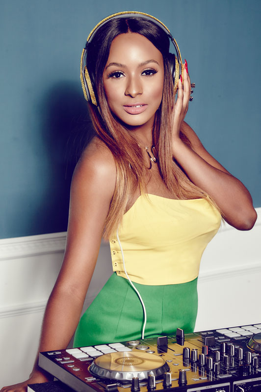 """It's Pronounced DJ ""Copy"" Not DJ ""Kupe"" – DJ Cuppy Mocks Speed Darlington In New Post"