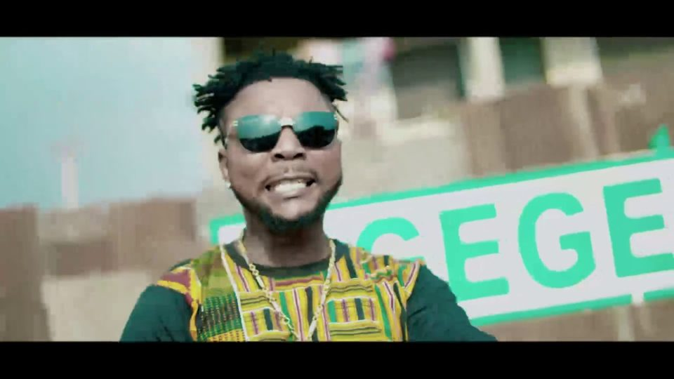 VIDEO: Oritse Femi – Bodija