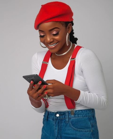 Simi Bags Juicy Endorsement Deal With Opera Mini