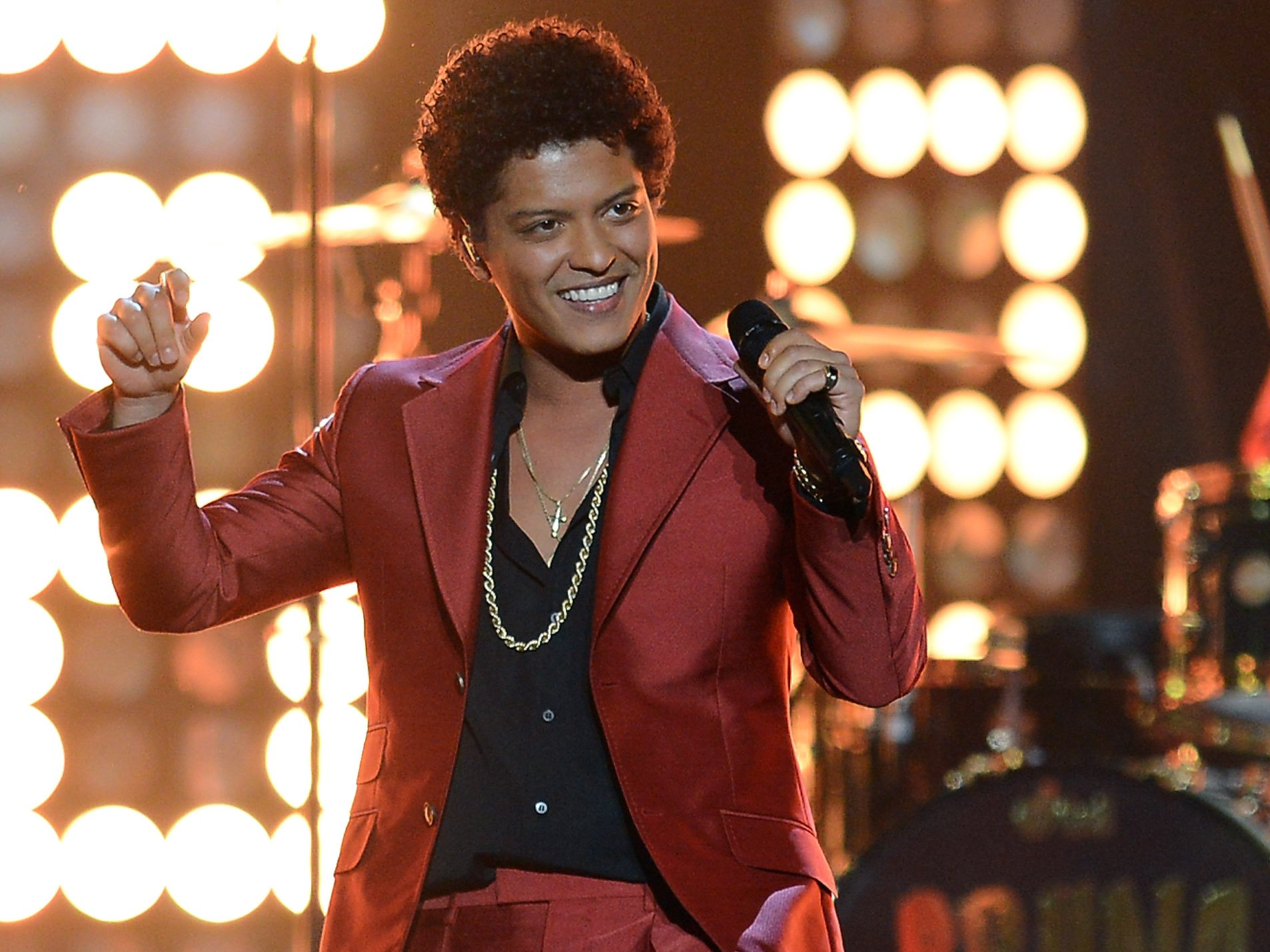 Bruno Mars Wins Big At The 2018 Grammy Awards [See Full List Of Winners]