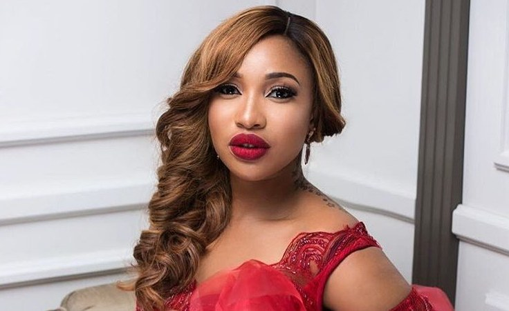 Tonto Dikeh Shows Off Her Sexy Body After Cosmetic Surgery