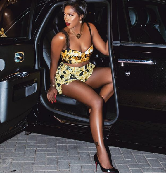 Tiwa Savage Debuts New Look And She Looks Gorgeous