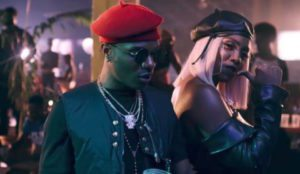 See What Wizkid Did To Tiwa Savage On Stage at #Afrorepublik