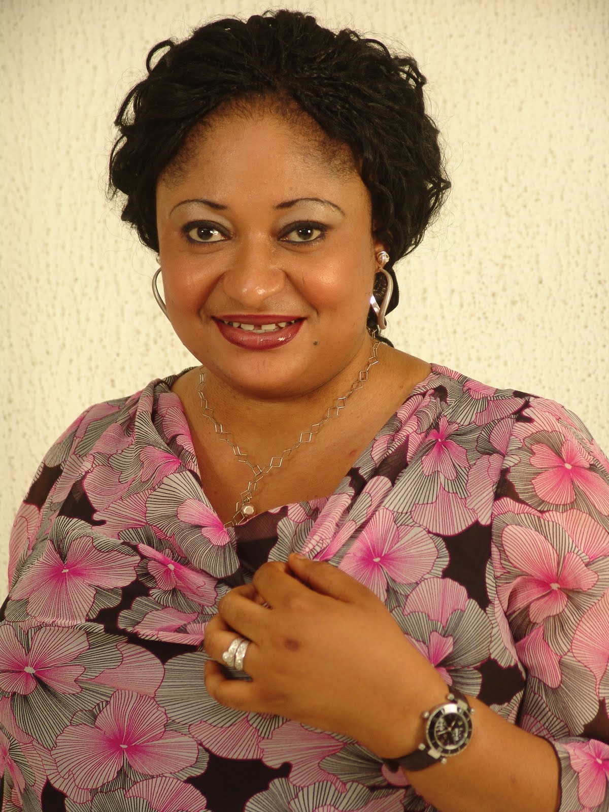 Nollywood Actress Ronke Oshodi Oke Seriously Shades Celebrities That Always Show Off Their 'New' Possessions On Social Media