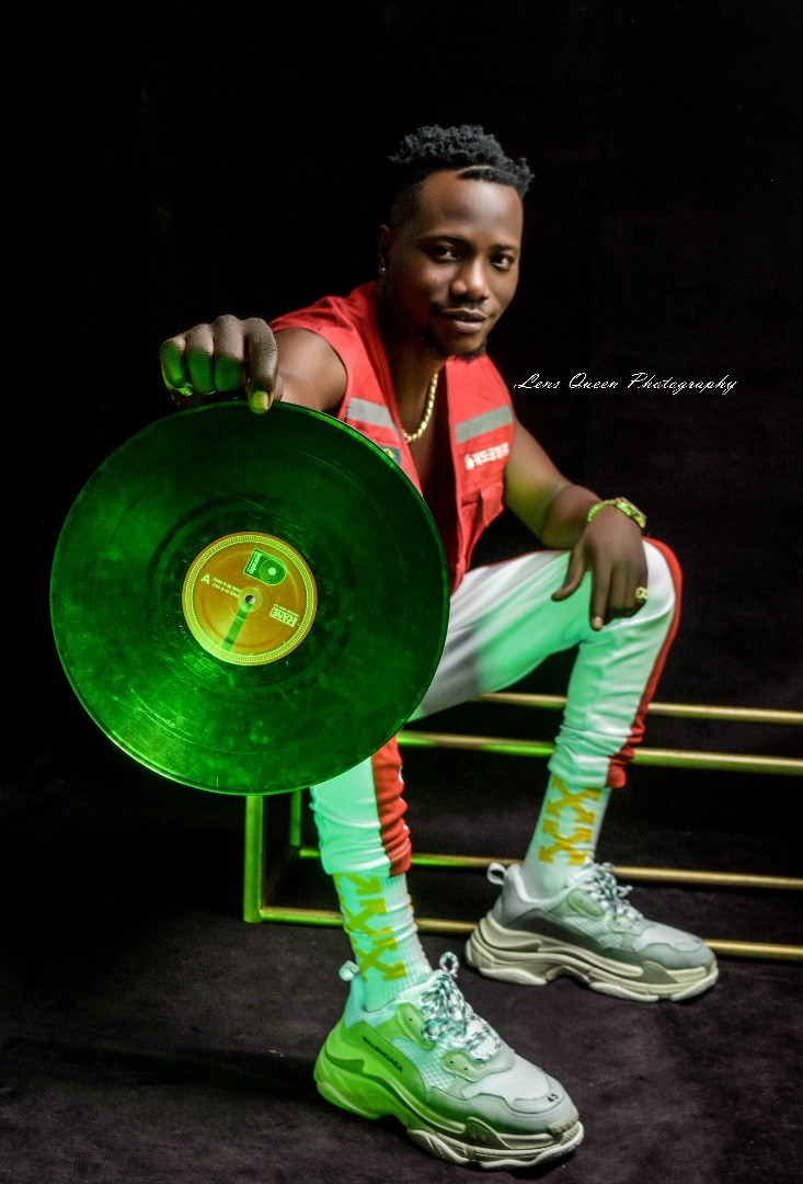 DJ XBABZ Releases New Promotional Pictures