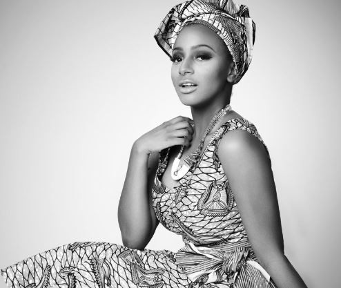 "DJ Cuppy Wins ""Artist Of The Year"" Award"