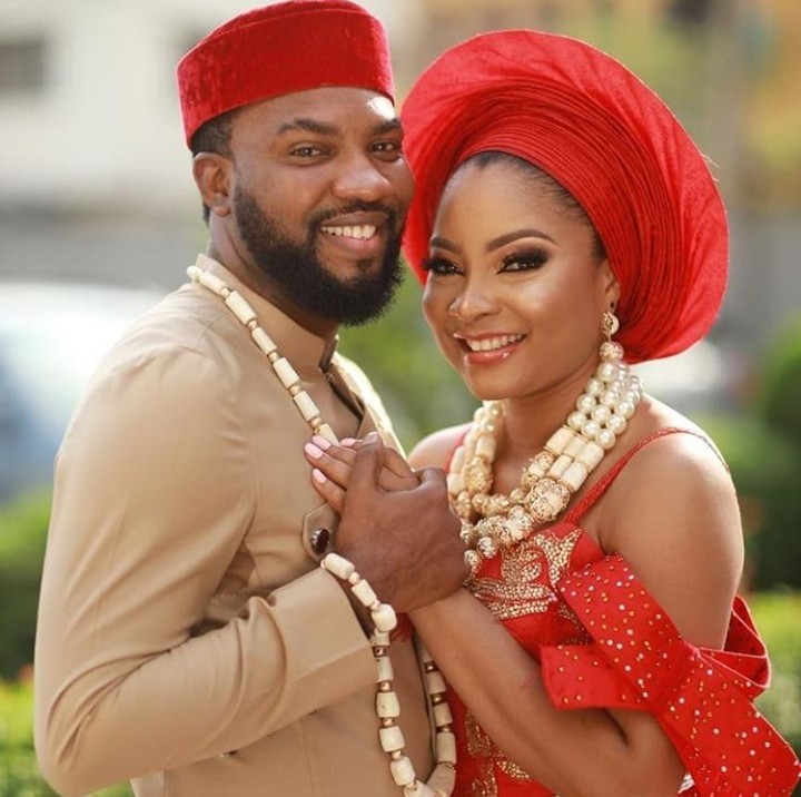 PHOTO: Linda Ejiofor And Ibrahim Suleiman Hold Court And Traditional Wedding
