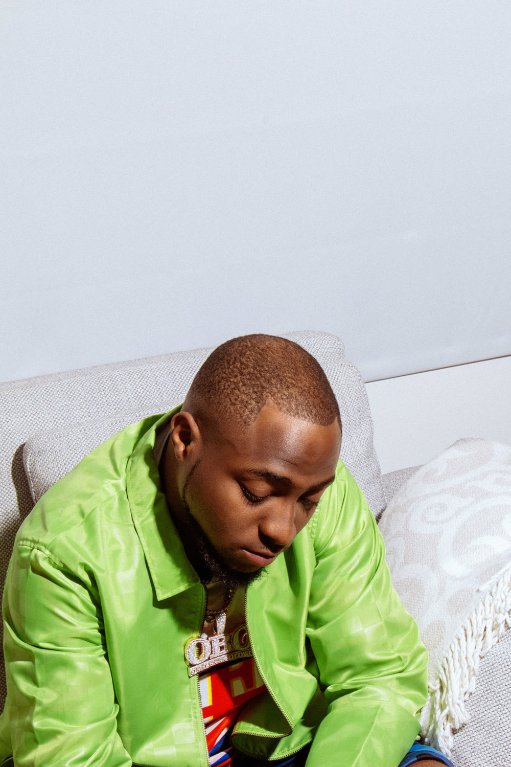 [VIDEO] Davido And Crew Accused Of Stealing In The UK