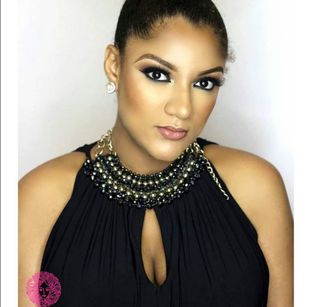 VIDEO: Gifty Flaunts Dollars, Talks About Her Hobby