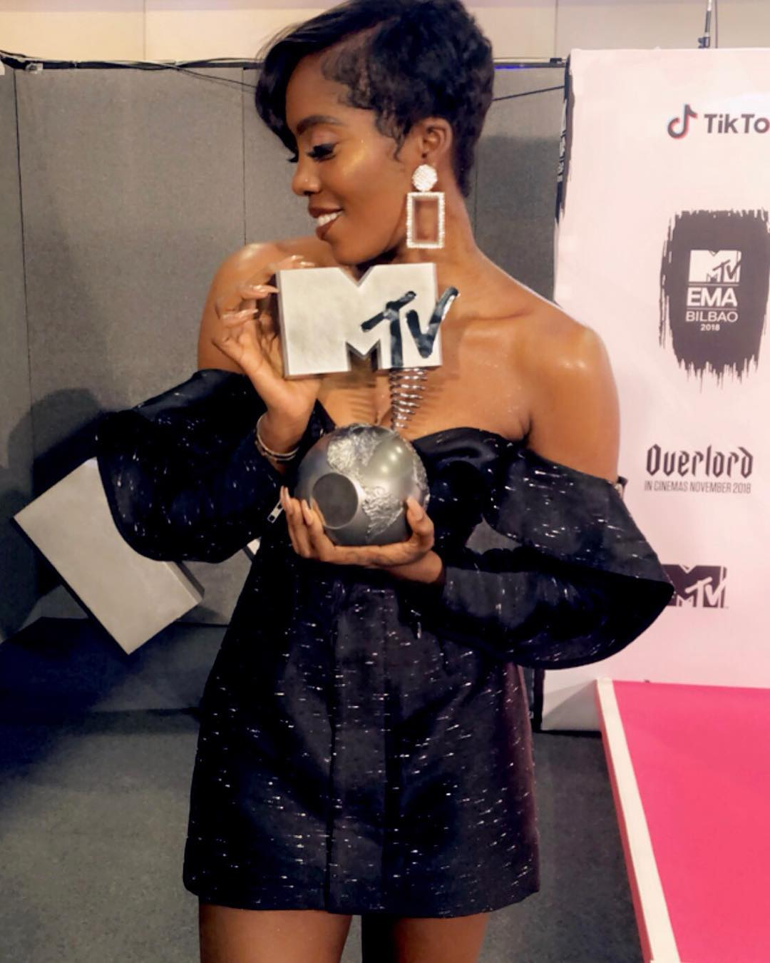 Photos&Videos:Tiwa Savage Wins Best African Artist At The MTV EMA 2018 Awards Ceremony
