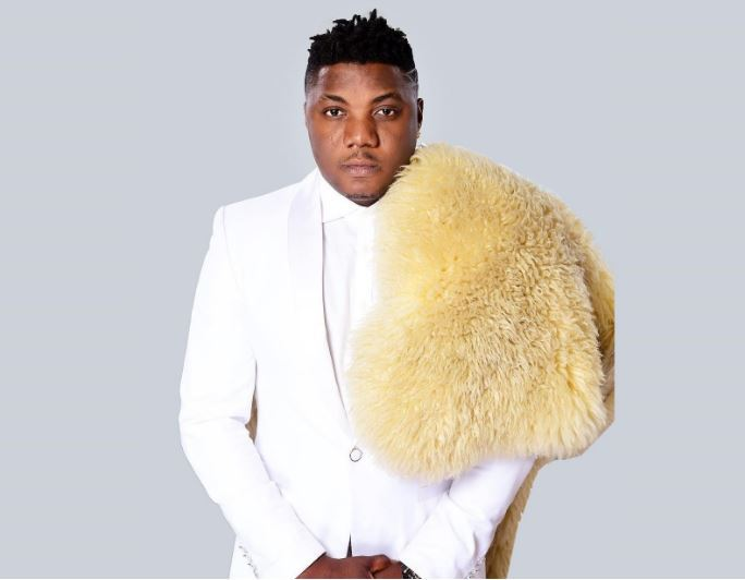 CDQ Begs For His Pendant Snatched In Lagos