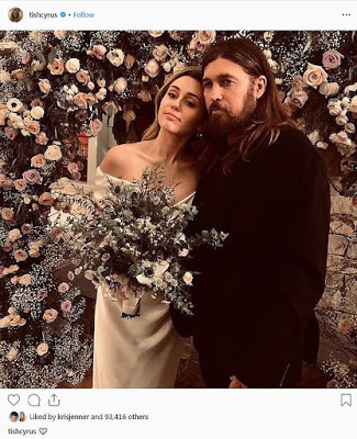 Miley Cyrus Joins Her Parents In 1st Wedding Portrait
