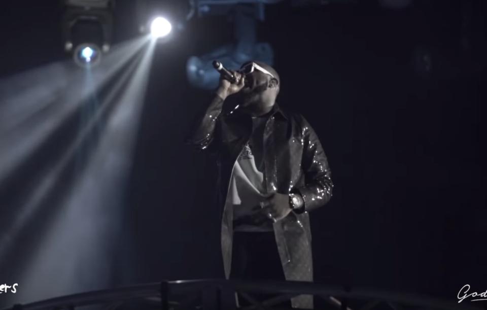 Video: Davido ft. The Compozers – Aye   O2 Arena Intro