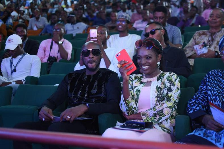 "2Baba ""Innocent Idibia"" Gets Special Recognition Award At Obafemi Awolowo University"