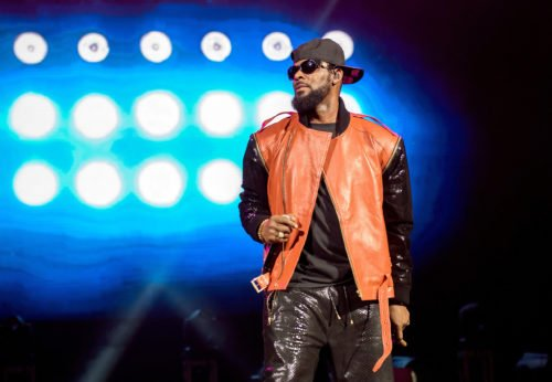 Woman Who Secured R.Kelly's Bail Receives Bomb Threat