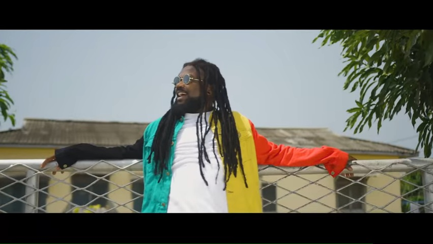 VIDEO: Eben – Holy Ginger