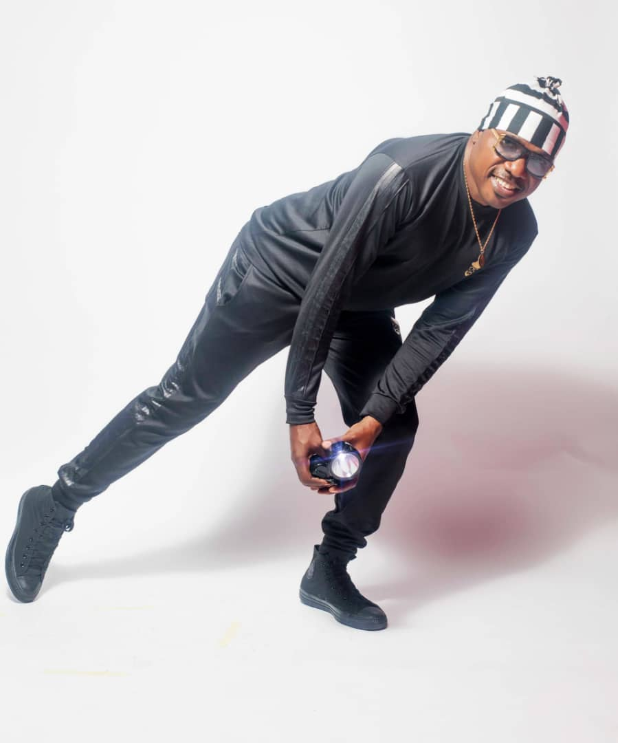 Zaaki Azzay releases spanking new photos ahead of new single