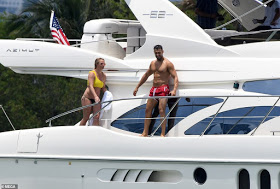 Britney Spears splashes away her worries as she goes on a yacht trip with younger boyfriend
