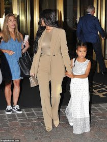 Kim Kardashian and daughter, North visit White House