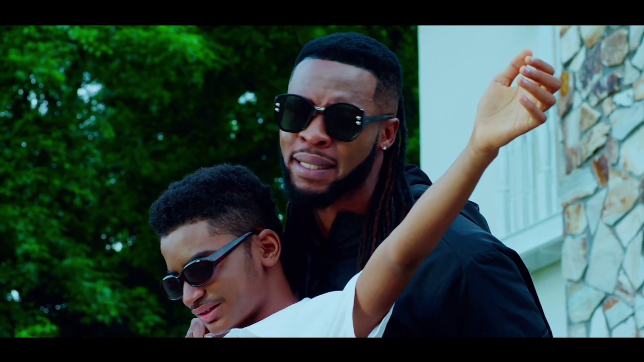 VIDEO: Flavour x Semah – MERCY (Acoustic 2019)