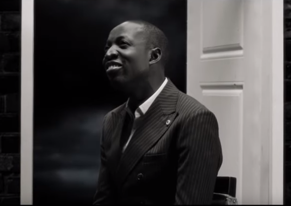 VIDEO: Dunsin Oyekan – Amazing God