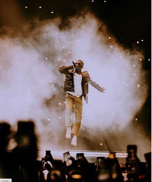 """We Sold Out The O2 Twice! …"" – Wizkid Appreciates Fans & Stars"