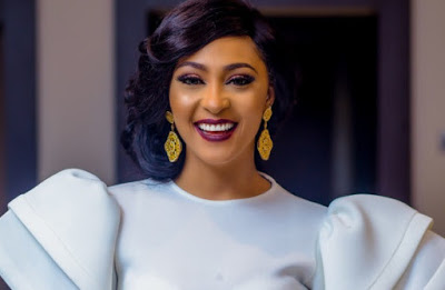 I'm not romantically attracted to any colleague -Rosy Meurer