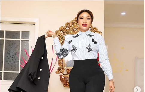 Tonto Dikeh threatens to expose Bobrisky's face without make-up