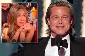 Jennifer Aniston's reaction to Brad Pitt's Golden Globes acceptance speech is priceless