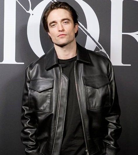 Scientists name Robert Pattinson the most beautiful man in the world.