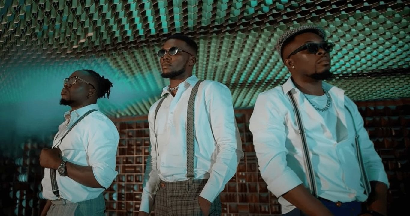 Umu Obiligbo surfaces with the video for Victor AD-assisted single, 'On God'