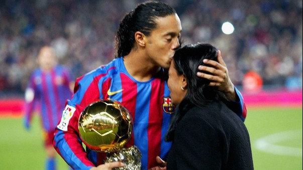 Football Star Ronaldinho's Mother Dies of Covid-19