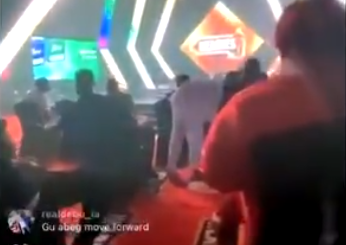 #14thHeadies: Paying Homage!!! Wizkid prostrates for Tuface at the Headies Awards
