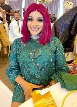 "'You dey craze"", Uche Ogbodo tells fan who asked her who got her pregnant"