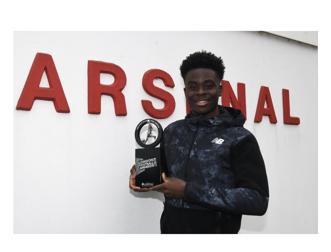 Arsenal winger, Bukayo Saka wins Young Player of the Year at 2021 London Football Awards