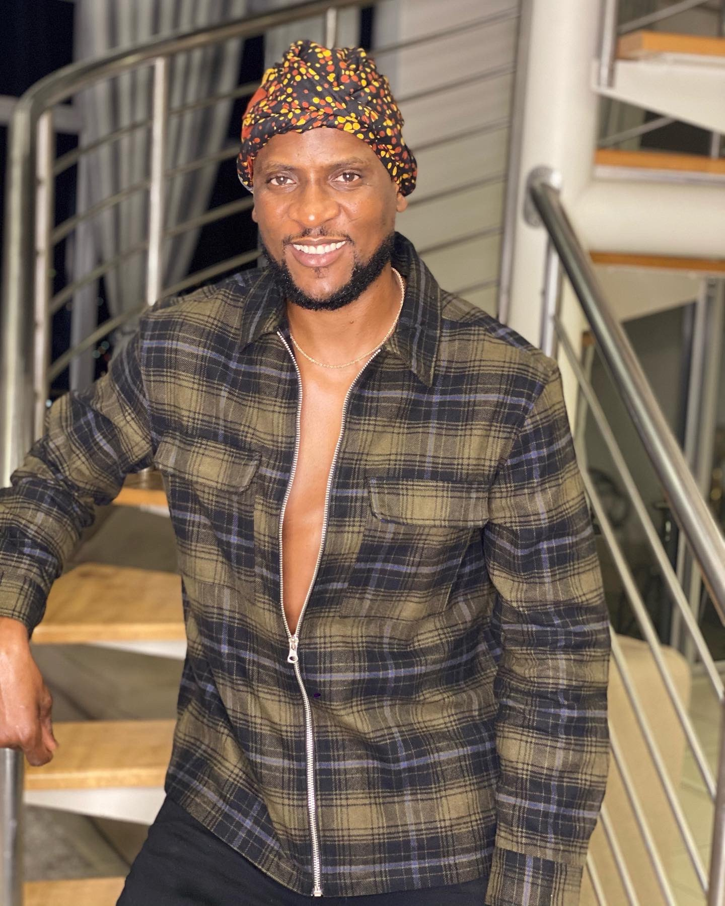 'Sometimes your soulmate is your money. Stop forcing relationships' – BBNaija star, Omashola