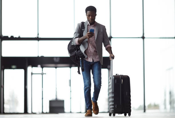 9 Tips on how to pack for a flight / Travel