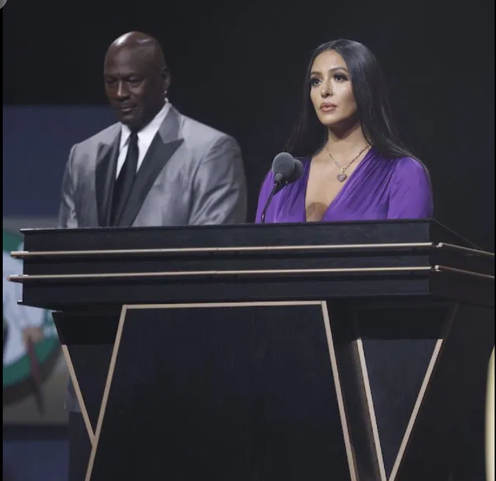 Vanessa Bryant delivers rare tribute to Kobe at Hall of Fame induction