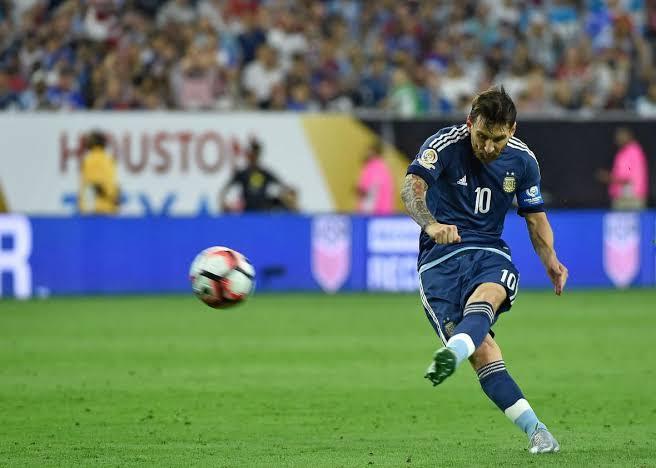 Messi overtakes Ronaldo to become highest scorer of free kicks