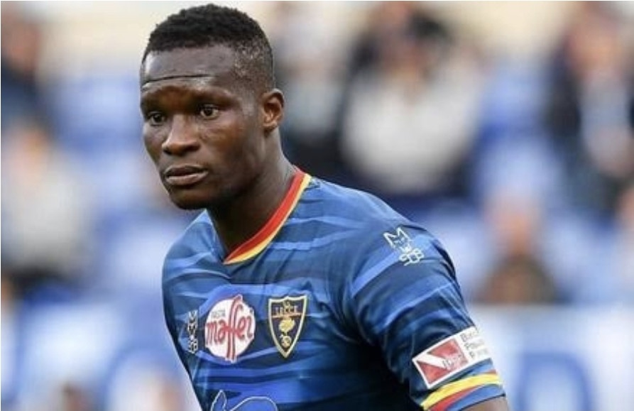 Senegal striker Babacar collapses in training after suffering heart spasm