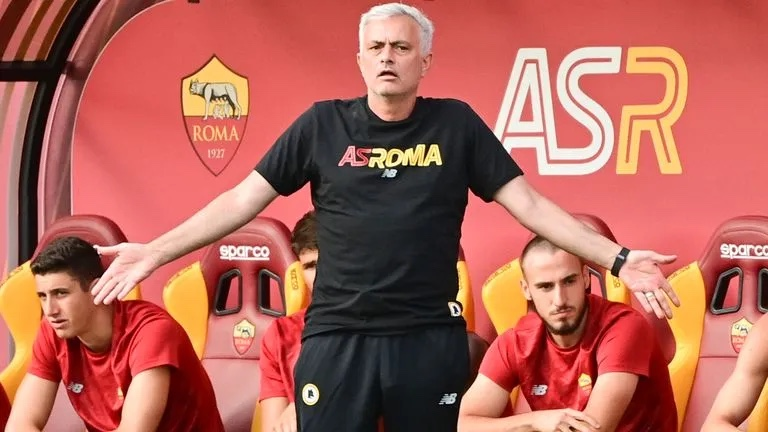 Jose Mourinho Wins 10-0 In First Game As Roma Boss