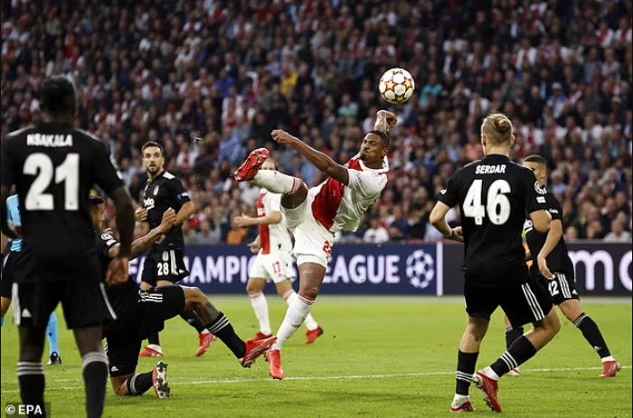 Ivory Coast striker, Sebastien Haller breaks Champions League record as first player to score five goals in first two appearances